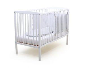 Assortiment lit bébé et textile de lit